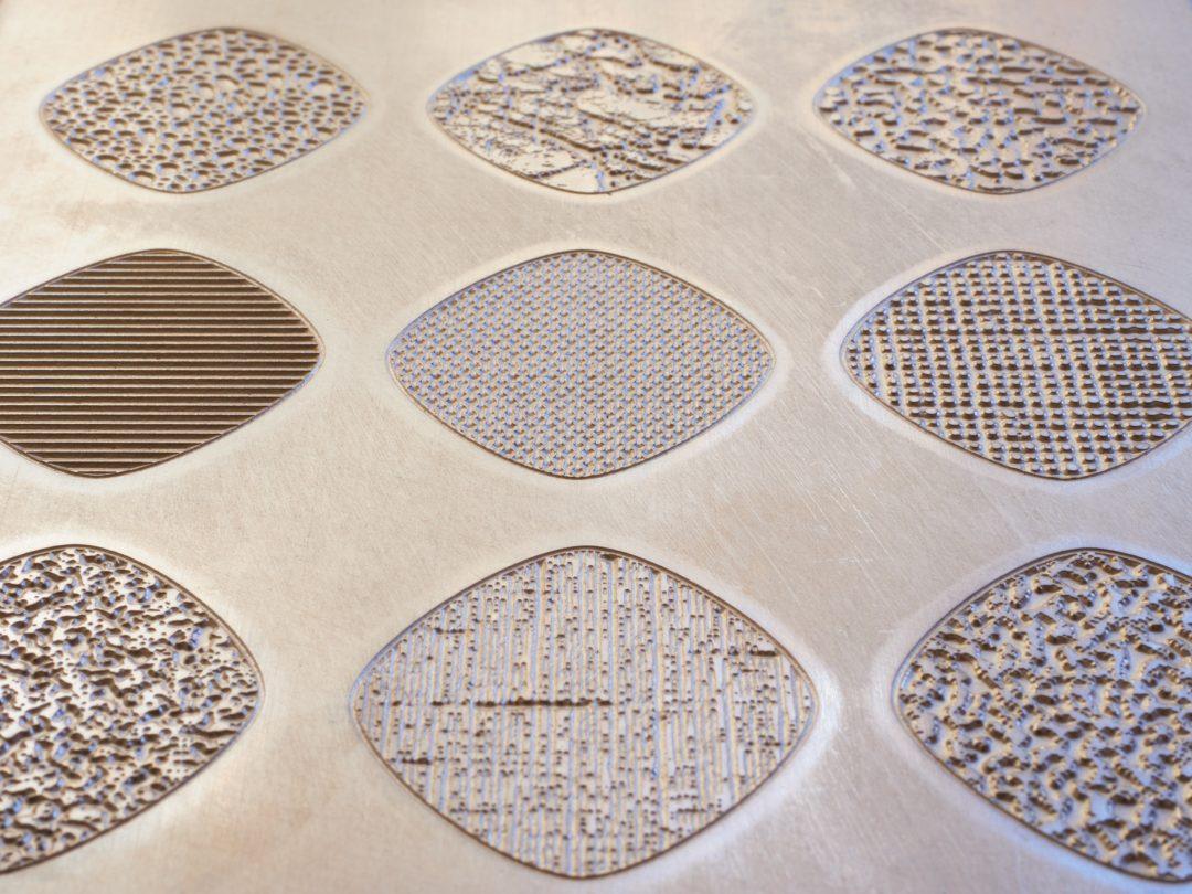 2020050515 58 47 DIE EMBOSS magnesium texture