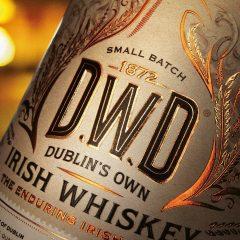 Flat foiled whisky label